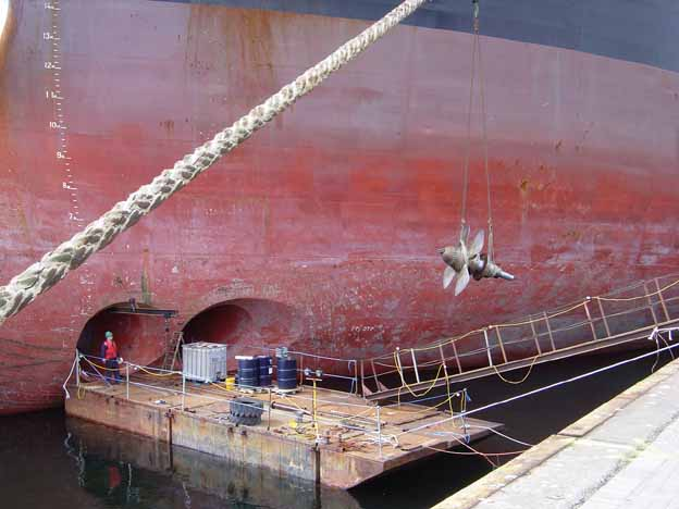 Bow Thruster Removal Afloat